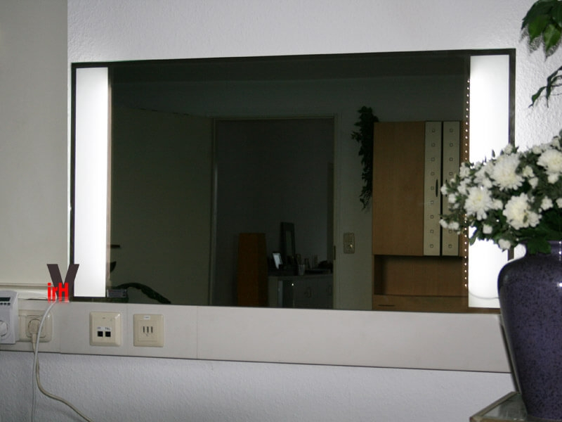 Design heizkrper bad good graue kche welche with design for Badezimmer ideen prospekte